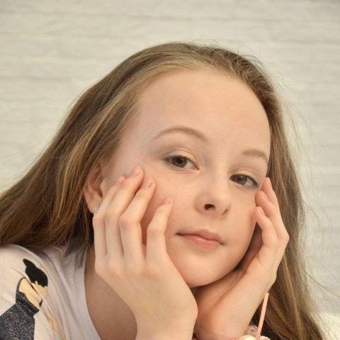 Анисимова Карина 12 лет