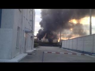 Пожар на Московском шоссе. Прогремели взрывы